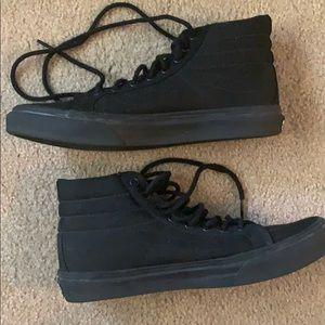 Black Vans sk8-hi slim